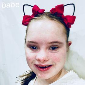 8588d2e2c1f Chloe Joy (chloebyrne4707) on Pinterest