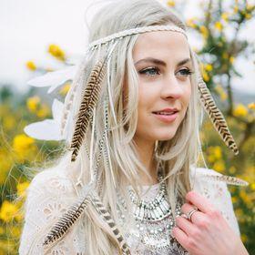 Curious Fair Headdresses, Masks & Accessories