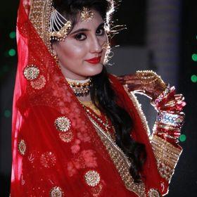 ZainabKhan.Khan233