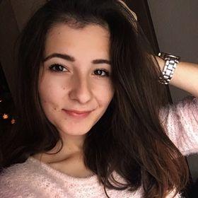 Alexandra Dömök