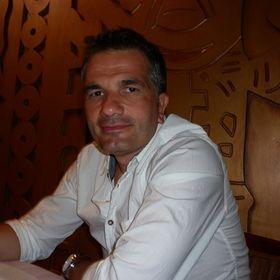 Csaba Császár