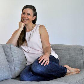 Jess Van Den of Create & Thrive + Epheriell
