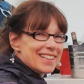 Gillian Pearce - Coach and Artist