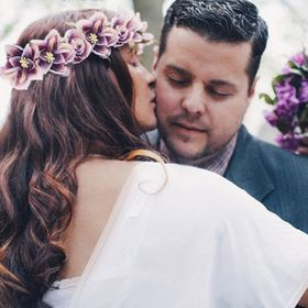 Magnolia & pearl Onsite Bridal Hair Concierge