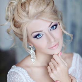 Anna KOMAROVA hair school