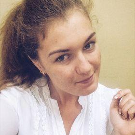 July Bobrova