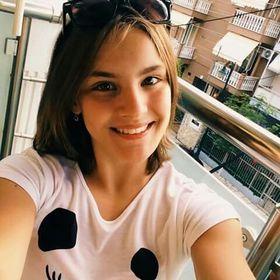 Vivienne Adjudeanu