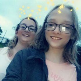 duo sisters
