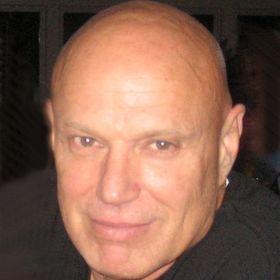 Lloyd Wolfe