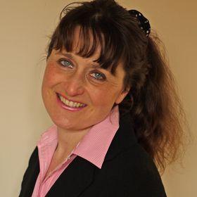 Lindsay Barton Owner of Golden Kite Solutions Ltd
