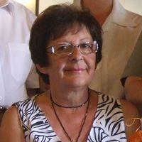 Éva Opauszki