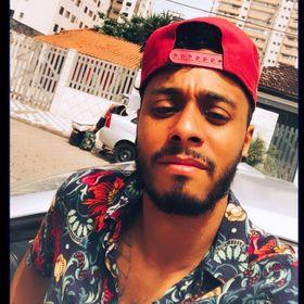 Douglas Almeida