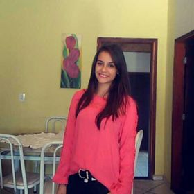 Victoria Assis