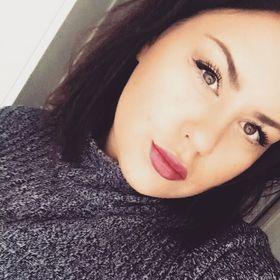 Victoria D Elvegård