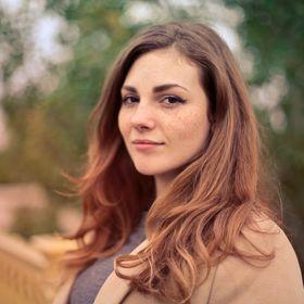 Annette Oliver