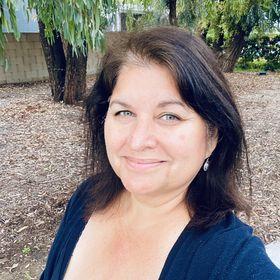 Juliana Davis Mendoza