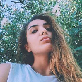 1ff97d7ba88 Diana Kefalidi (dianakef1994) on Pinterest