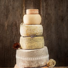 Farm and cheese dairy Pustotnik