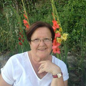 Pilar Vicastillo