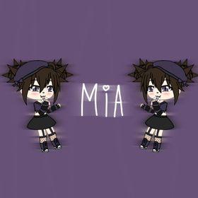 Mia :3