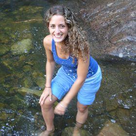 Laura Cecilia Trobía