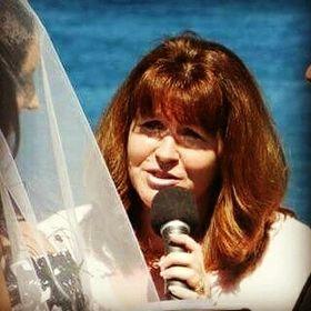 Fiona Romanin Marriage Celebrant