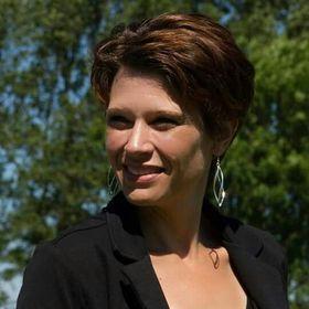 Sandra van Dellen
