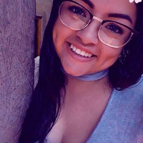 Aksa Mendoza