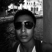 Aaron Zhang