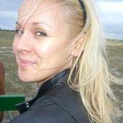 Erika Grőbné