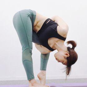 Anneka | yoga