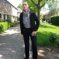 Ton De Vries