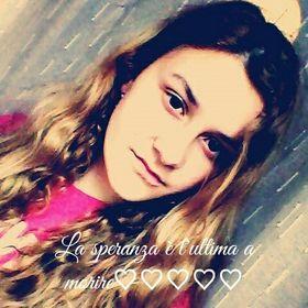 Viviana V.