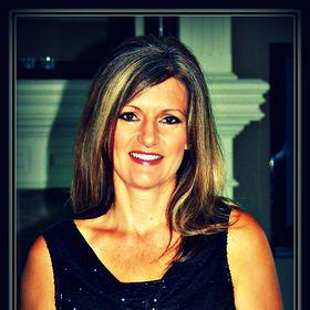 Lori Lowell