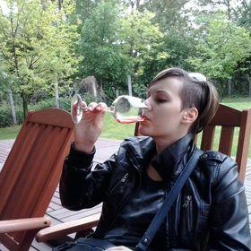 Alexandra Pelikán