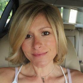 Carly Hana
