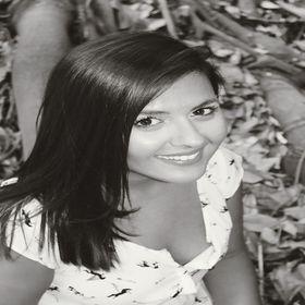 Almudena Zayas