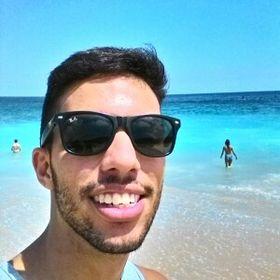 Matheus Y. Oliveira