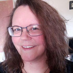 Lorraine Reguly, Freelancer