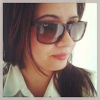 Núbia Camargo