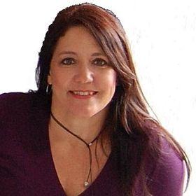 Sandra Zach