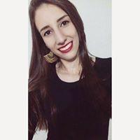 Cláudia Oliveira