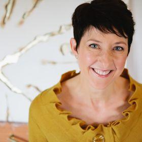 Kelly M O'Brien | PaperJoy Studio