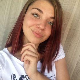Nikoletta Tóth