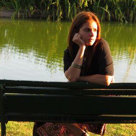 Analia Hernandez