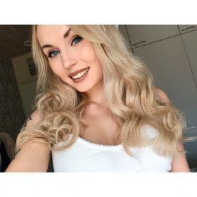 Jenni S