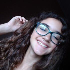 Nicolly Pereira