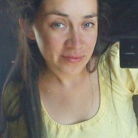 Gabriella Mena