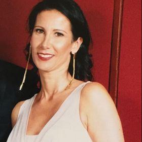 Cristina Villamil