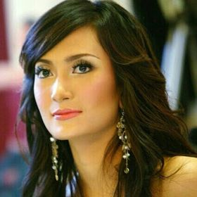 Famous Beauty Indonesian